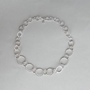 Textured Circle Chain (new)