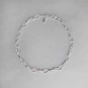Petite Teardrop Chain