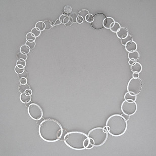 Large Textured Circle Chain