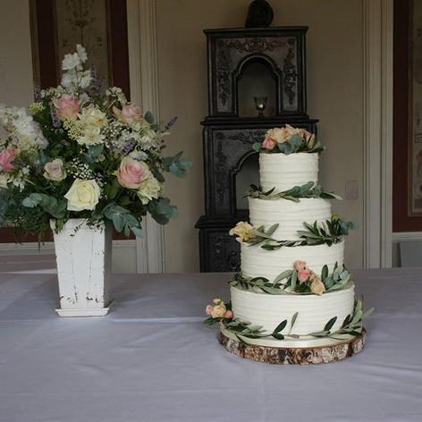 Our signature cake - buttercream and oli
