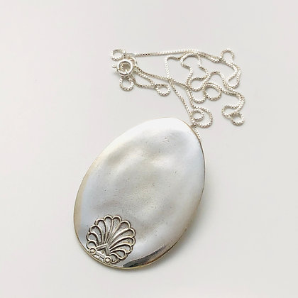 Floating Necklace