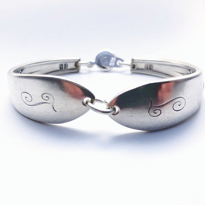 Small Bracelet with snap clasp