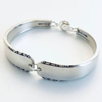 Medium Bracelet with snap clasp
