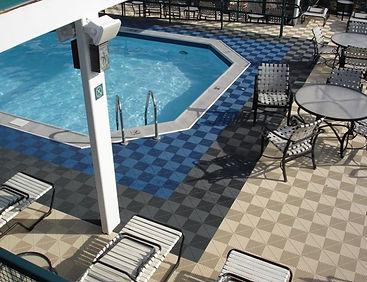 AutoWash44 - Distributeur dalles de sol - Terrasse & entourage piscine (effet drainant, non glissant).