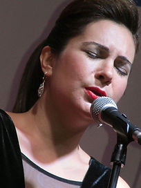 Soprano Olcay Şahin.jpg