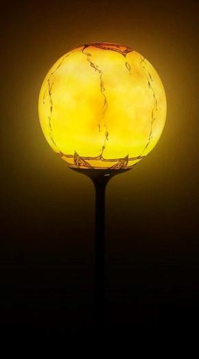 Glass Art 001b.jpg