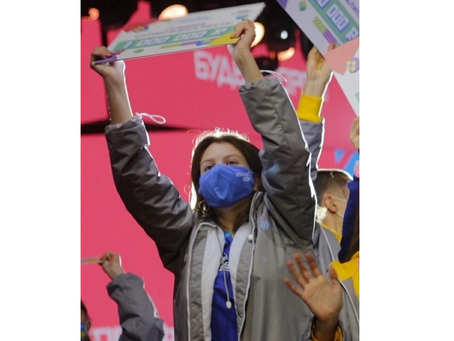 Школьницы из Ярославской области получили по миллиону за победу в конкурсе «Большая перемена»