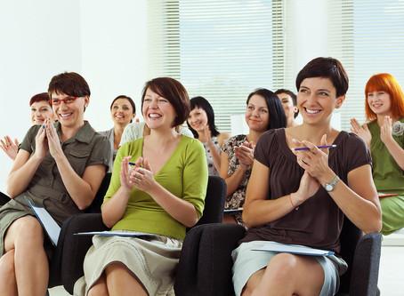 С 1 сентября в Ярославской области проводится областной конкурс программ родительского просвещения