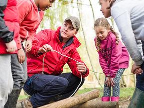 adult-leader-teaching-rope-skills-jpg.jp