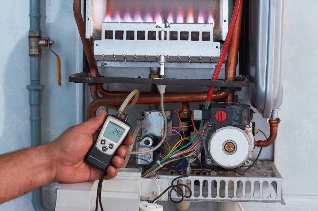 Repair%20of%20a%20gas%20boiler%2C%20sett
