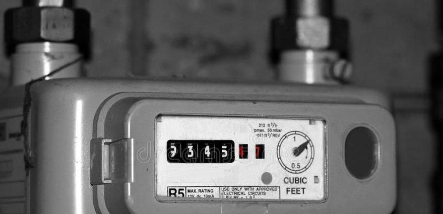 Gas-meter-compressor_edited.jpg