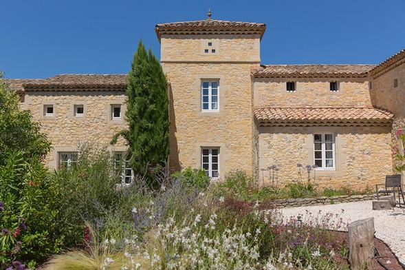 maison_facade_depuis_jardin_optimise.jpg
