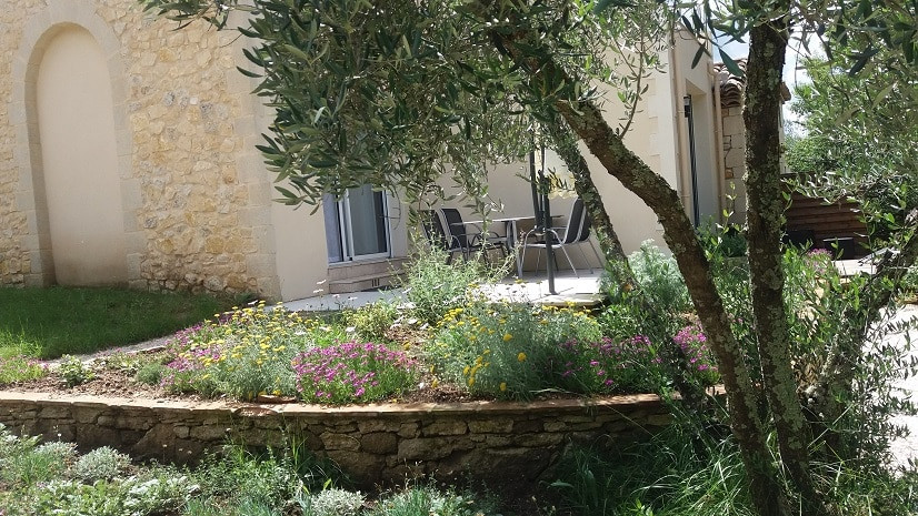 athalie_extérieure_terrasse_fleur_opti.j