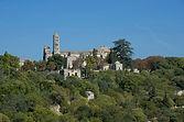 Vue panoramique de la cathédrale saint Théodorit d'Uzès et de son campanile