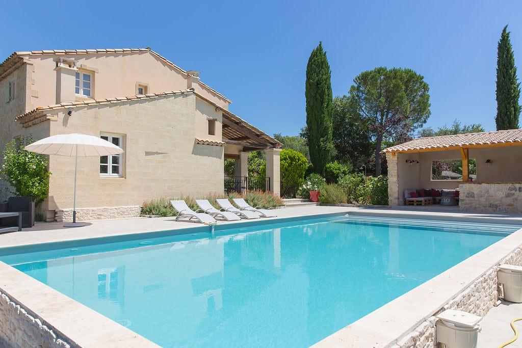 piscine_et_maison_optimise.jpg