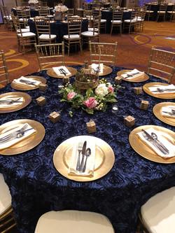 IMG_5Wedding Table Decor & Center014