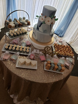 Wedding Cake & Dessert Table Decor