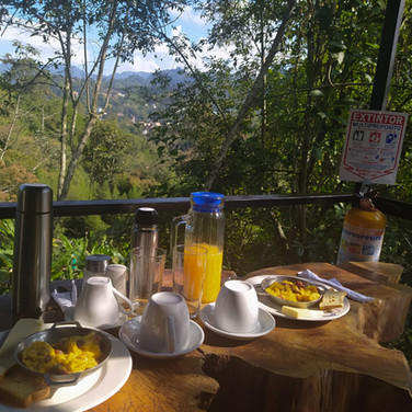 Desayuno Finca Hotel Villas del  Rio