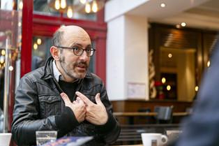FRÉDÉRIC FARAH : « LA GESTION LIBÉRALE DU COVID-19 EST UN PARFAIT EXEMPLE DE FAKE STATE »