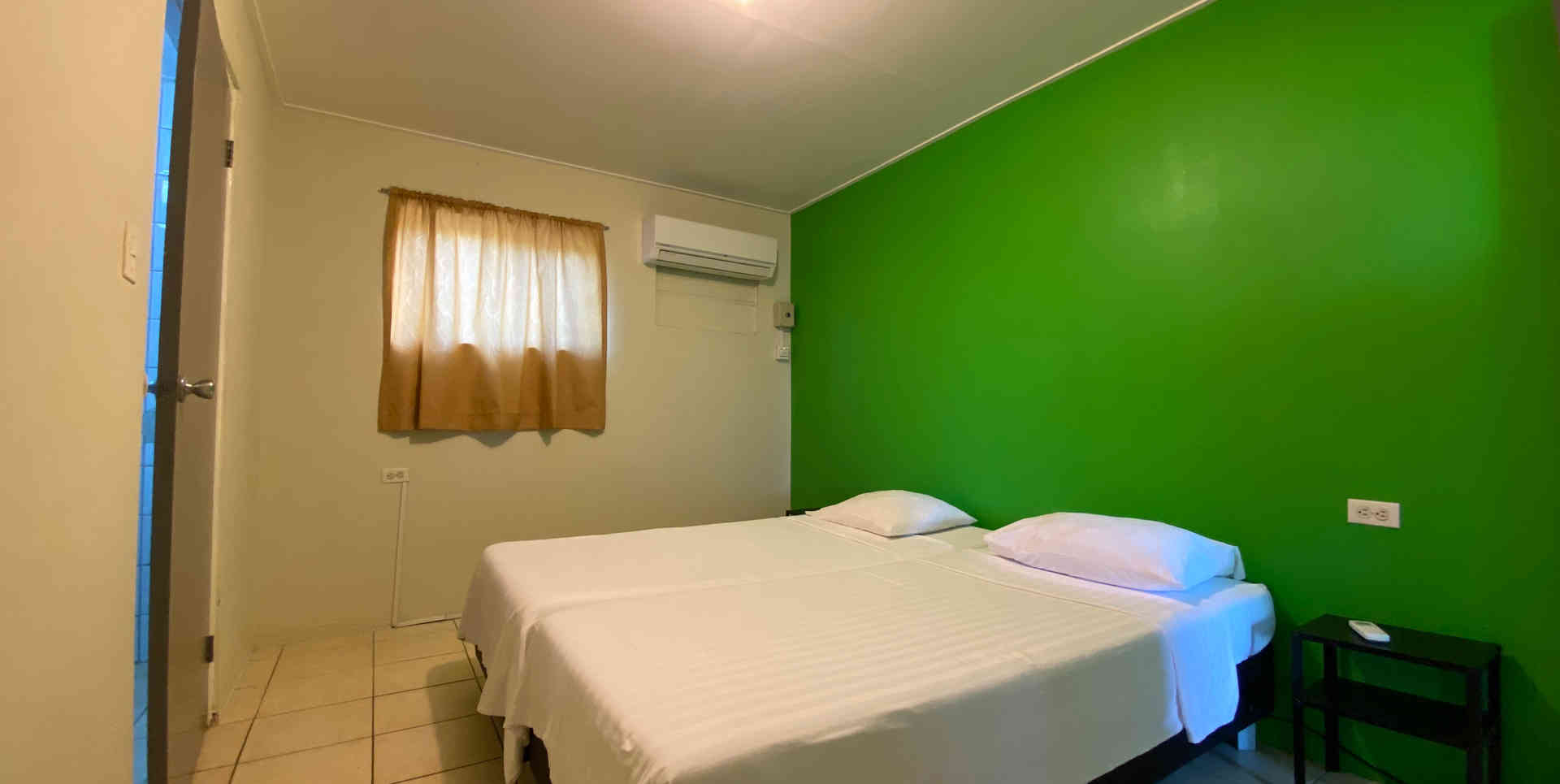 2020 studentenflat #108 slaapkamer 1.JPG