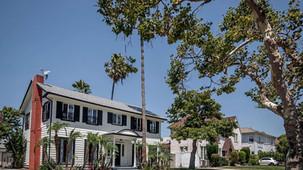 MEGHAN MARKLE'S FORMER LA HOME ON THE MARKET FOR $1.8M