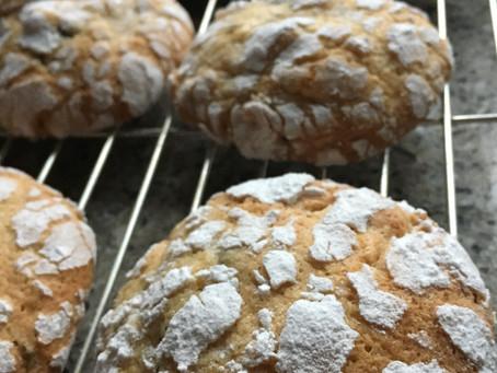 Stollen Crinkle Biscuits Recipe