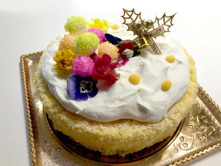 クリスマスということでケーキの差し入れ頂きました♡