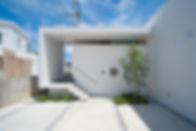 19_house_t.jpg