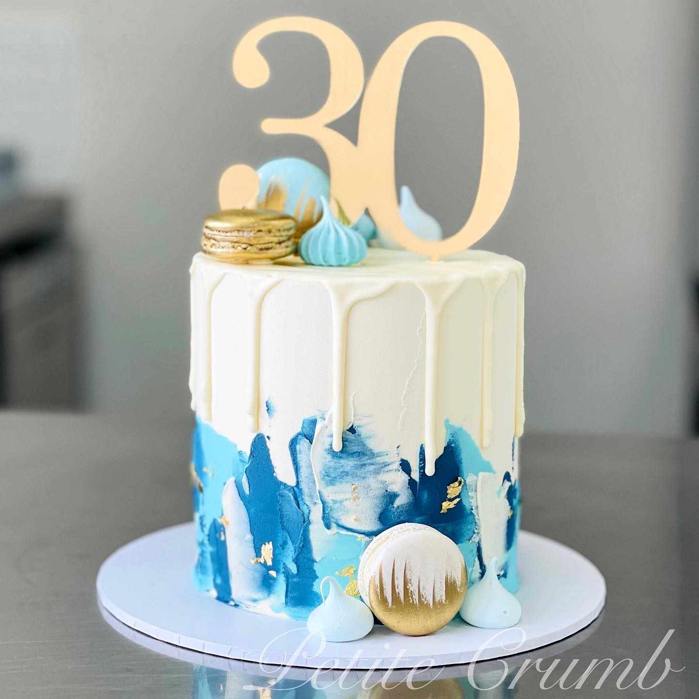 Textured blue base with white chocolate drip