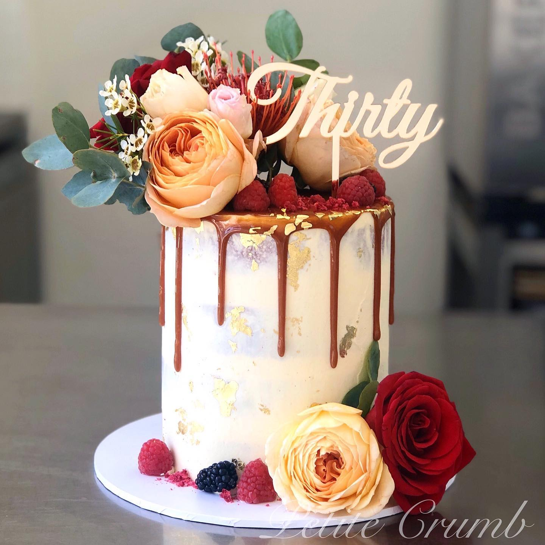 Caramel drip cake