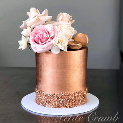 Luxe rose gold sequin cake