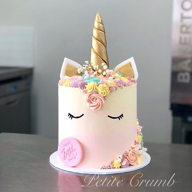 Unicorn cake for Maya's birthday 🦄 fill