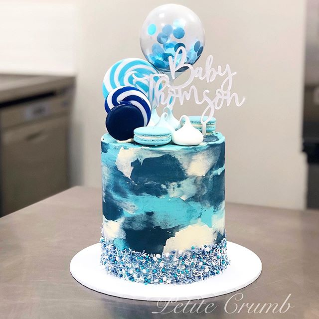 A fun baby shower cake that went out on
