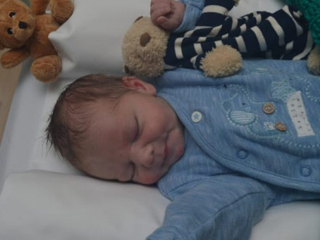 Police appeal for mother of abandoned newborn found in Hackney