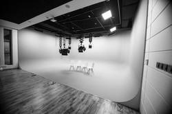 Studio B&w