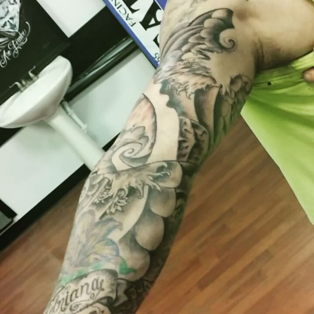 Custom Sleeve