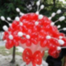 Букет цветов из воздушных шариков
