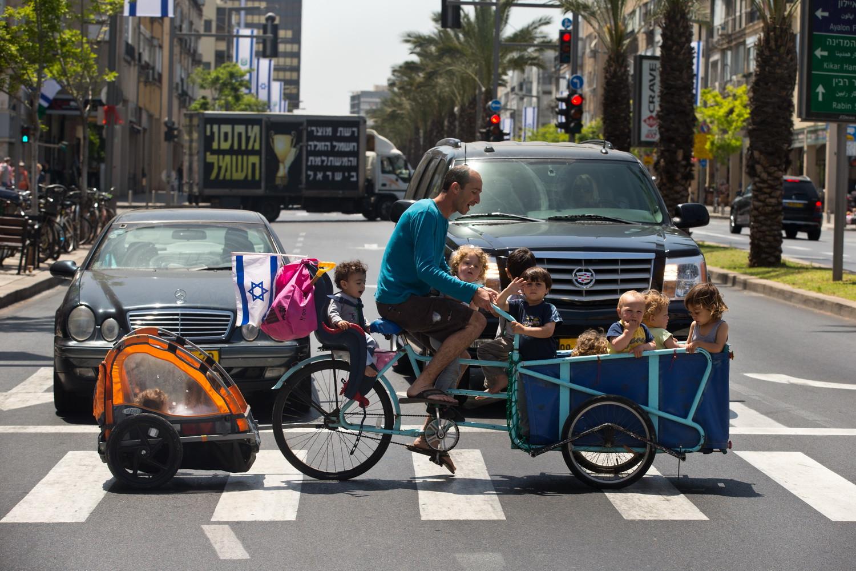 Urbanism Print #25 - Tel Aviv, Israel Apr. 2012