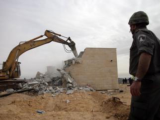 Amona Settlement Eviction 2006
