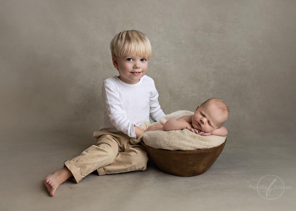 Nyfødtfotografering i bergen, babyfoto, søskenfoto