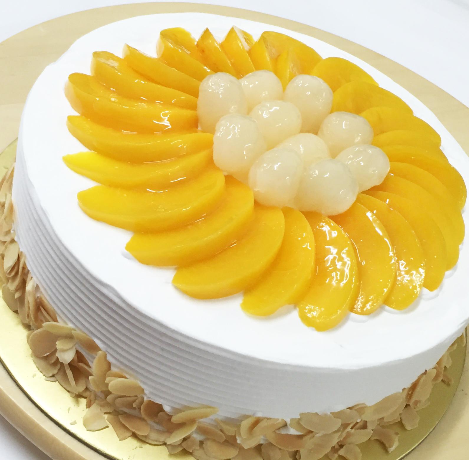Longan & Peach Cake