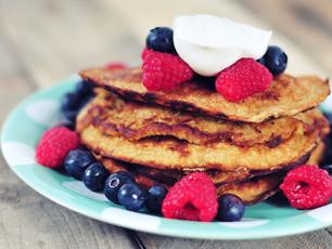 Havermout Pannenkoekjes met Blauwe bessen en Banaan