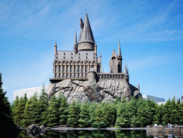 How to get a virtual line pass for Hagrid's Magical Creatures Motorbike Adventure in 2021