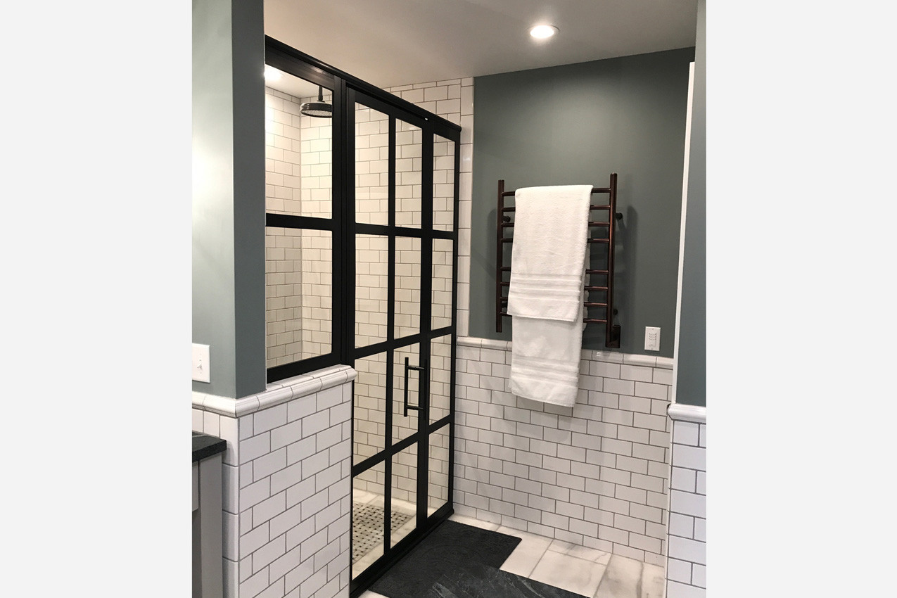 Snider-Metcalf Bathroom