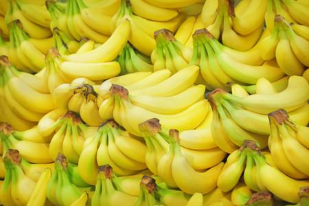 Bananas.  Lots!
