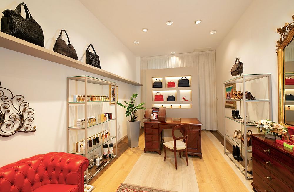 Daniele Giovani Milano multi brand boutique