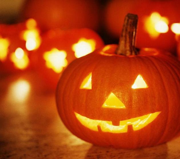 A Placer Dans Le Jardin, Sur Le Balconu2026 Faites Marcher Votre Créativité Et  Faites Peur à Vos Voisins ! Très Joyeux Halloween !