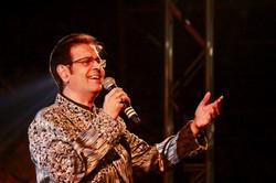 Ruhan Performing Live