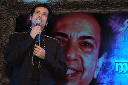 Ruhan pays a tribute to his father