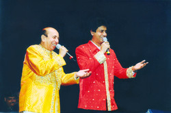 Ruhan performs in Toronto with father